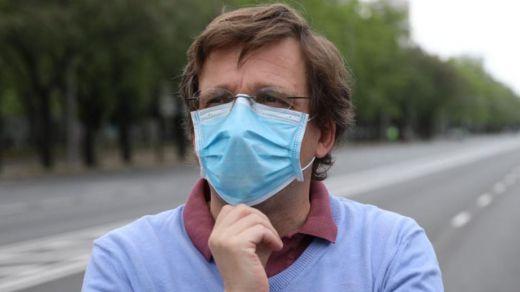 Mascarillas y gafas empañadas: quejas y trucos para poder usarlas conjuntamente