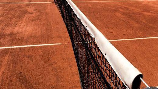 Las clases de tenis, incluso dobles, volverán a las pistas este el lunes en toda España