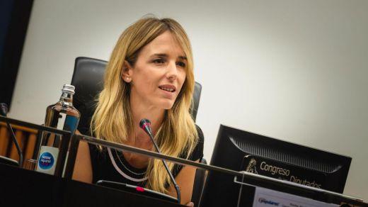 Cayetana Álvarez de Toledo llama