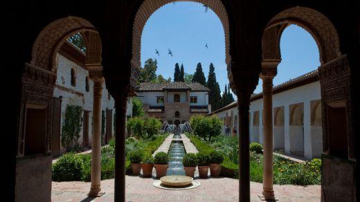 La Alhambra celebra su reapertura por todo lo alto