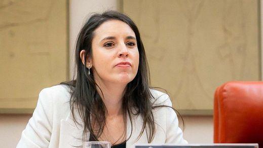 Montero anuncia una ley de conciliación para que el teletrabajo no sea una
