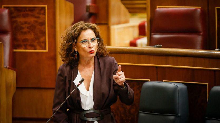 Montero: 'Que no nos engañen, fue el Gobierno quien impidió que circulara el virus'
