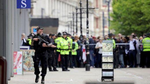 La Policía británica considera 'terrorista' el ataque que dejó 3 muertos en un parque de Reading