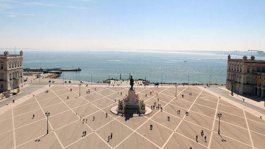 Portugal, que había pasado lo peor de la pandemia sin grandes daños, confina ahora Lisboa