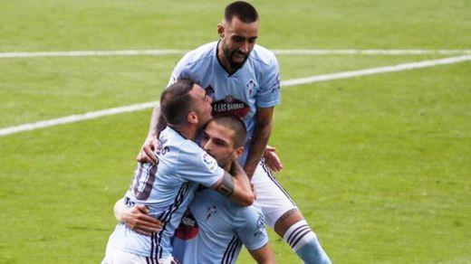 Iago Aspas dinamita la Liga consiguiendo el empate del Celta ante el Barça (2-2)