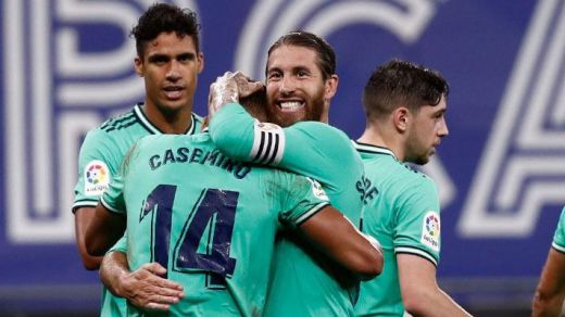 Con lo justo, pero al liderato en solitario: el Madrid logra el pleno en Cornellá (0-1)