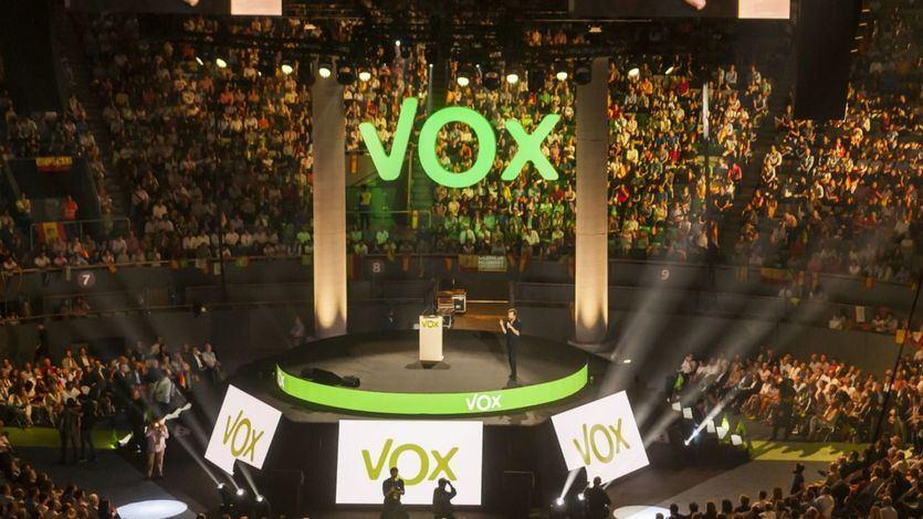 Vox denuncia que Correos ha 'secuestrado' sus sobres para las elecciones vascas y gallegas