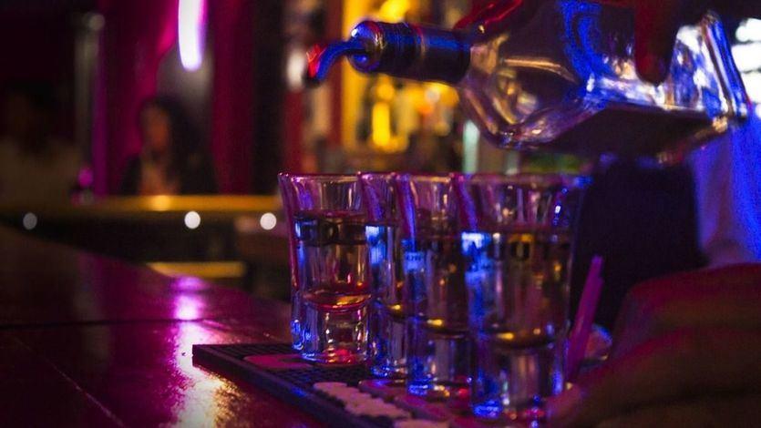 Madrid permite a los bares de copas y discotecas abrir desde este mismo fin de semana
