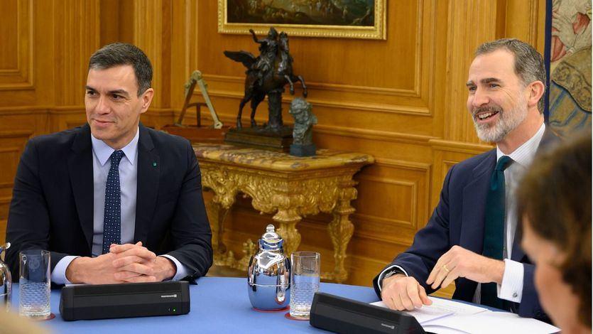 El presidente del Gobierno Pedro Sánchez junto al rey Felipe VI