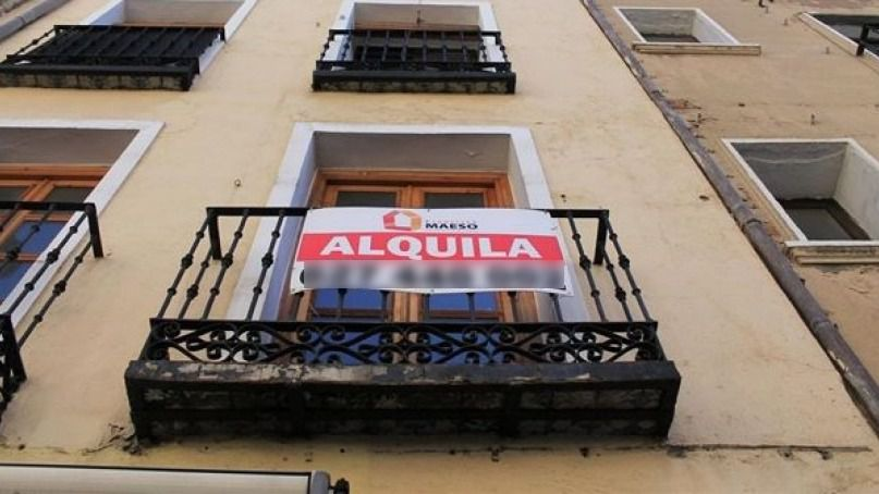 Los españoles tienen que destinar el 40% de su salario para el pago del alquiler