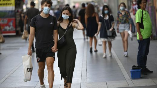Continúan al alza los nuevos positivos (1.525), los hospitalizados e ingresados en UCI con coronavirus