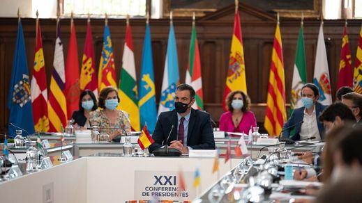 El Gobierno cierra 5 acuerdos en la Conferencia de Presidentes para coordinar la reconstrucción