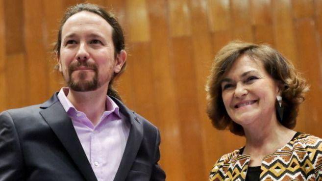 Calvo contradice a Iglesias sobre la salida de España del rey Juan Carlos: 'No huye de nada'
