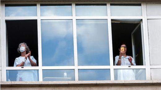 Los contagios de coronavirus se dispararon ayer a 2.344 tras confirmarse 654 correspondientes a Madrid