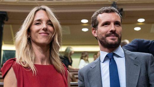 Casado cesa a Álvarez de Toledo y nombra portavoz en el Congreso a Cuca Gamarra