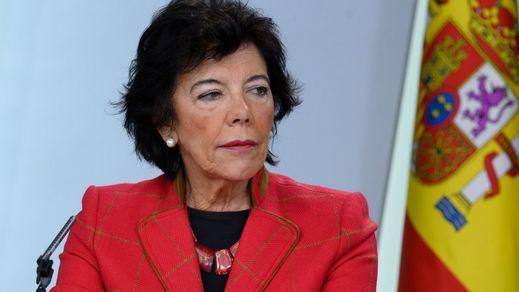 Los ministros de Educación y Sanidad citan a las autonomías una semana antes de la 'vuelta al cole'