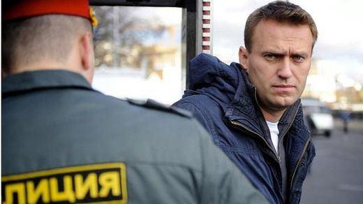 El opositor ruso Alexéi Navalni es trasladado a Alemania
