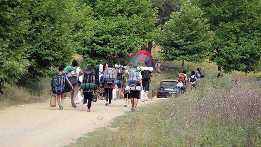 Un estudio en campamentos de verano apunta a que los niños contagian 6 veces menos que los adultos