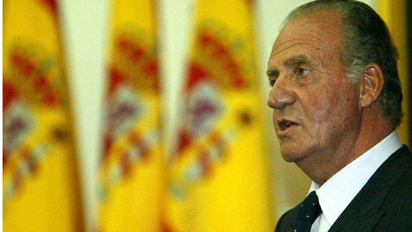 Barcelona retira la medalla de oro al rey emérito con la abstención de los comunes y la ausencia de Valls