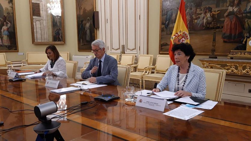 Isabel Celaá en la reunión de la Conferencia Sectorial de Educación