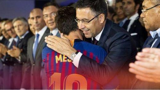 Bartomeu pone su cargo 'a disposición' de Messi