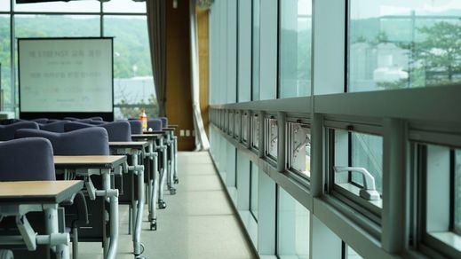 Mascarillas, toma de temperatura, brotes o cierre de colegios: las novedades del regreso a las aulas