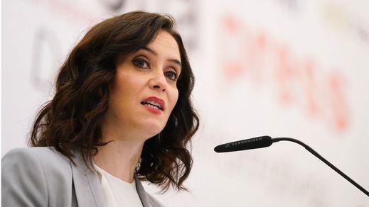 La Comunidad de Madrid estudia limitar aún más las reuniones para una 'operación retorno'