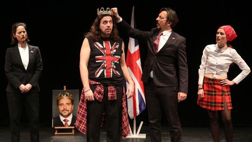 La Smorfia Teatro adapta a los tiempos actuales 'El Rey Juan', de William Shakespeare (vídeo)