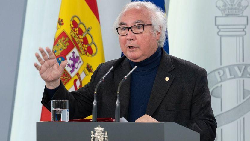 Manuel Castells no acude a la reunión sobre el arranque de la universidad por haber sido operado de urgencia
