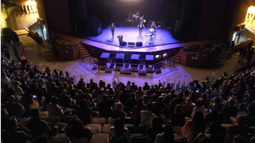 Un momento del extraodrinario, y seguro, concierto de Medina Azahara en Leganés