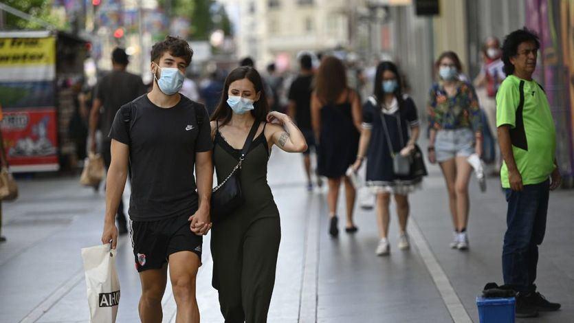 Otro día negro más en España con el coronavirus: miles de nuevos positivos por todo el país