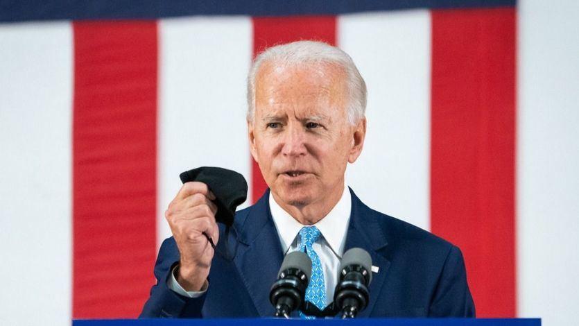 Biden intenta ganar el voto latino 'bailando' el 'Despacito' de Luis Fonsi en un mitin