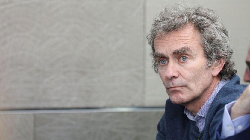 Fernando Simón se toma un descanso para rodar 'Planeta Calleja' y le llueven las críticas