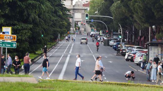 Madrid restringirá la movilidad y planteará confinamientos por zonas este fin de semana