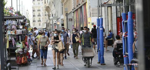 Sanidad suma más de 11.000 nuevos contagios y 239 fallecidos por coronavirus