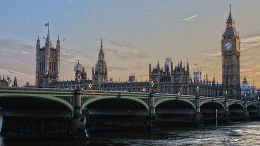 Reino Unido sufre ya los peores azotes de la segunda ola de la pandemia