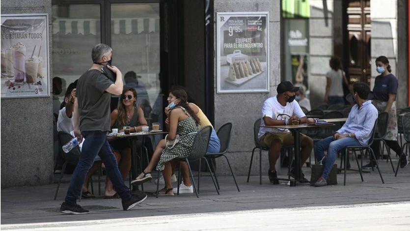 Cataluña limita las reuniones sociales a 6 personas
