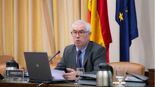 Emilio Bouza dimite como portavoz del grupo Covid 48 horas después de su nombramiento