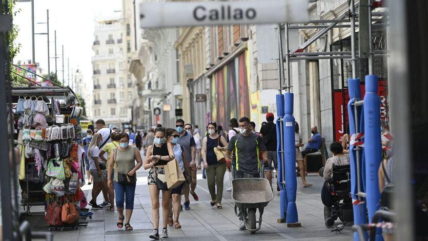 Una encuesta revela que la mayoría de los madrileños apoyaría endurecer las restricciones y cerrar Madrid
