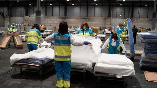 Las comunidades autónomas podrán contratar profesionales sanitarios por la pandemia