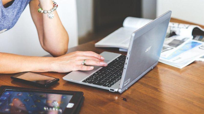 Dudas legales: ¿se puede trabajar en otra empresa durante un ERTE?