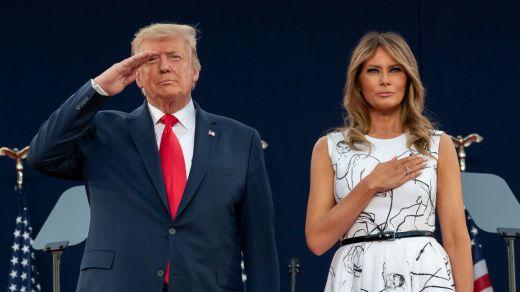 Trump y su esposa dan positivo por coronavirus tras mofarse de Biden por usar mascarilla