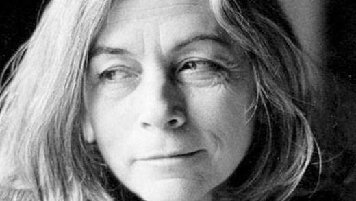 Crítica de la obra de teatro 'Carmiña': Nieve de Medina se adueña del alma de Carmen Martín Gaite