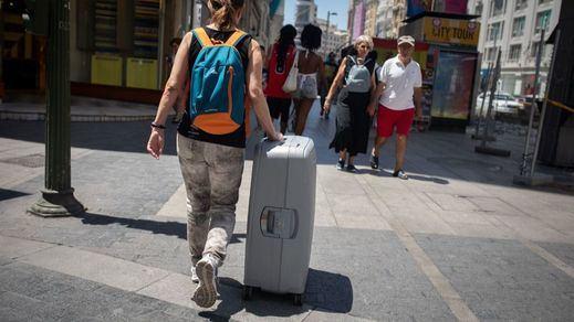 Informe FMI: España, la gran economía que más caerá este año y la que más se recuperará en 2021
