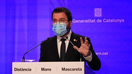 Cataluña decreta el cierre de bares y restaurantes y limita al 30% el aforo en comercios