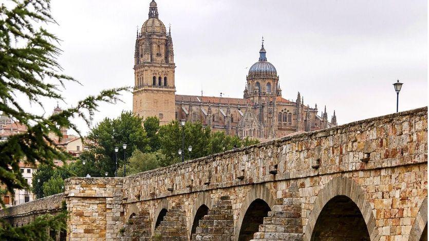 Castilla y León decreta el cierre perimetral de Salamanca a partir del sábado