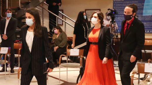El explosivo cóctel en el encuentro de hoy entre la reina Letizia, Ayuso y Pablo Iglesias