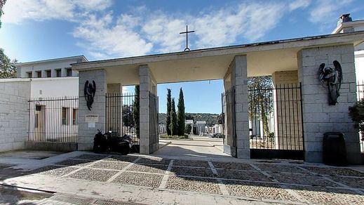 El cementerio de Mingorrubio 1 año después: algún nostálgico y mucho ciclista