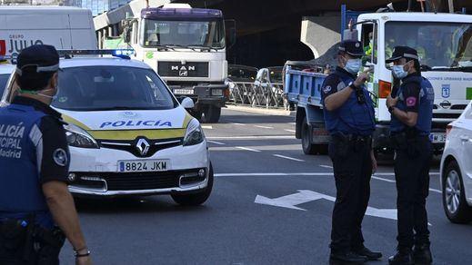 Ayuso ordena el cierre de Madrid, pero sólo para los próximos puentes