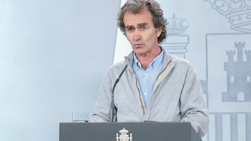 Fernando Simón pide disculpas por su chiste machista y no descarta el confinamiento